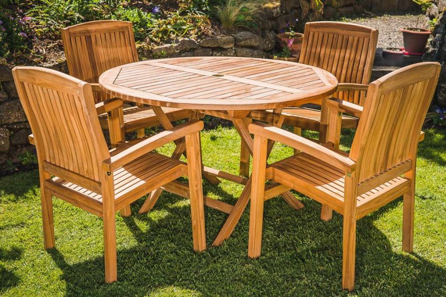 Luxury Teak 1.2m Circular Folding Table with 4 Solid Stacking Charlotte chairs