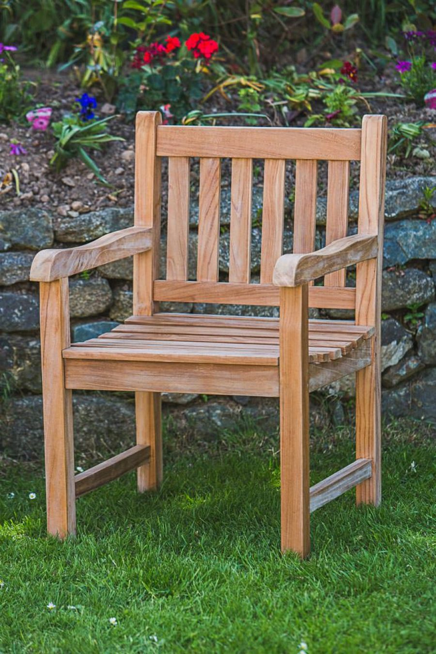 Teak fixed patio chair