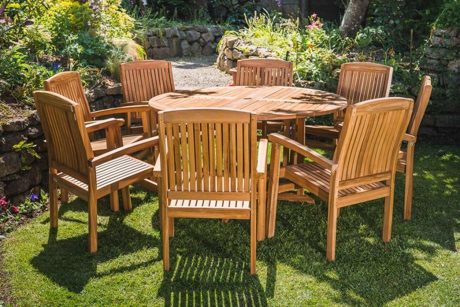 Chunky Teak Patio Set - 1.4m Round Folding Pedestal Table and 8 Stacking Chairs